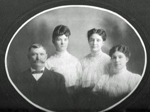 E.E., Mattie E. Carrie May, Alice