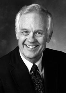 Dr Ward E Bullock